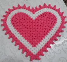 #lifmodelleri #lifyapımı #lif #çeyizliklif #örgü #örgüsevdam#örgümodelleri #örgüaşkı #örgülif #örgümüseviyorum #lifleriseviyorum #uzunlif… Crochet Bebe, Moda Emo, Doilies, Loom, Elsa, Diy And Crafts, Valentines Day, Weaving, Cross Stitch