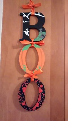 """My """"BOO"""" word banner :) quite proud of how it turned out Halloween Letters, Bricolage Halloween, Halloween Arts And Crafts, Adornos Halloween, Halloween Garland, Halloween Projects, Diy Halloween Decorations, Fall Crafts, Halloween Crafts"""
