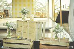 La décoration de mariage vintage est top tendance ! Voilà donc une idée ingénieuse, pas cher et super facile à faire soi-même surtout si l'on opte pour un mariage champêtre ou rustique, avec cette douce saveur des choses faites-main.