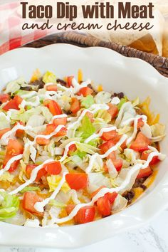 Creamy, hot taco dip with meat. This cream cheese taco dip is like a ground beef… Creamy, hot taco dip with meat. This cream cheese taco dip is like a ground beef taco pizza dip! Great for Cinco de Mayo or an easy party dip. Easy Appetizer Recipes, Appetizer Dips, Dip Recipes, Appetizers For Party, Mexican Food Recipes, Appetizers Superbowl, Mexican Snacks, Mexican Appetizers, Kuchen