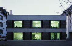 Atelierhaus Dubsstraße, Zürich, Switzerland refurbishment by Roger Boltshauser in 2010 via Hagen Stier