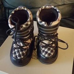 Girls Burberry Boots Authentic Burberry moon boots. There is one lace missing, but the laces are removable Burberry Shoes Combat & Moto Boots