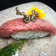 A sushi peace of art! Seared A5 #Wagyu with golden 70% cacao chocolate Photo via @chefjohn | #gastronogram