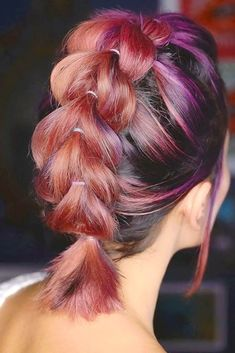 53 Awesome Trendsetting Short Hairstyles for 2018 To Make You Stand Out From The Crowd ❤ Pull Through Braid for Short Hair ❤ #shorthair #shorthairstyles #braids See more: http://lovehairstyles.com/short-hairstyles-for-women/