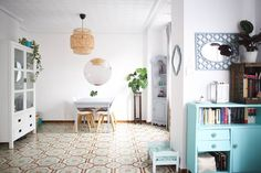 House Tour: A Turquoise Lover's Cozy Spanish Home | Apartment Therapy