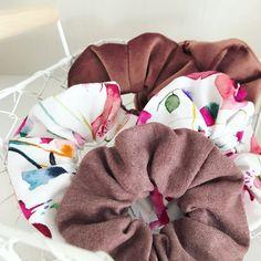Haarband nähen, Scurnchies nähen, Nähanleitung Scrunchie Diy Kleidung, Diy Blog, Trends, Sew Simple, Sustainable Fabrics