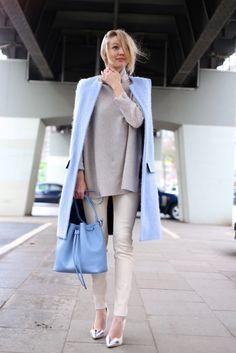 淡色スタイル パステルブルー コート