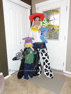 We decided to do Toy Story Alien, Zurg and Jessie Costumes for Halloween. My youngest dressed up as the alien. His costume was made from a blue sleeper in Jessie Costumes, Toy Story Costumes, Tutu Costumes, Family Costumes, Disney Costumes, Costume Ideas, Halloween Toys, Halloween 2014, Halloween Fancy Dress