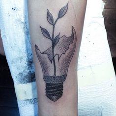 Cette idée qui germe ? | 49 idées sublimes de tatouages noir et gris
