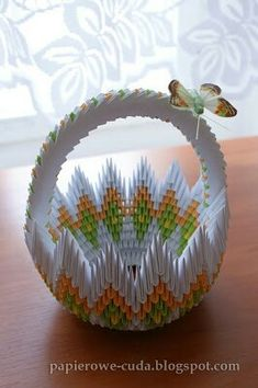 3d Origami Swan, Origami Ideas, Modular Origami, Diy Gift Box, Assemblage Art, Kirigami, Paper Quilling, Something To Do, Creations
