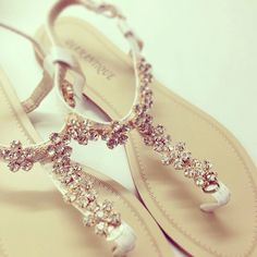 lushidior:  blushila:  Just Pretty Things  ♡Barbie Wonderland♡ Sandals