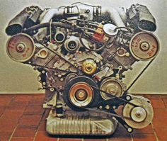 5 litre 928 prototype engine circa 1974 with K-Jetronic and no timing covers