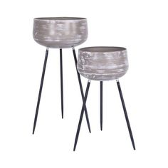 If you are anything like us and struggle to make house plants fit in and look the part, this plant stand is exactly what you need. It is the perfect accessory to showcase a beautiful pot plant on display to really make a statement in your home.  This plant stand is perfect for any indoor space and will add a delicately classic touch.