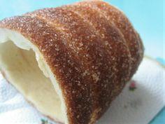 Házi kürtőskalács - recept http://www.nlcafe.hu/gasztro/20131016/kurtoskalacs-recept-edesseg/