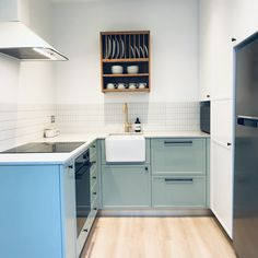 Flat Interior Design, Interior Photo, Granny Pod, Granny Flat, Kitchenette Design, Basement Flat, Converted Garage, Cabinet Fronts, Basement Apartment