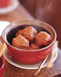 Lamb meatballs with mint make standout tapas or hors d'oeuvres. Simmered in a rich tomato puree, they& robustly flavored with a light and delicate texture. Tapas Recipes, Mint Recipes, Lamb Recipes, Meatball Recipes, Appetizer Recipes, Cooking Recipes, Tapas Ideas, Party Appetizers, Farro Recipes