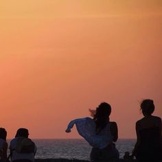 Gorgeous Columbia Sunrise. PC : @lovingjune #expatoutlet #expatoutletstore
