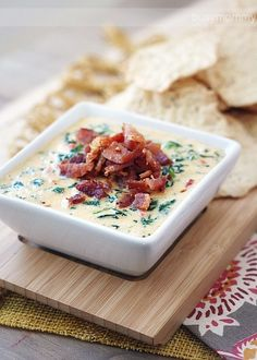 Cheesy Spinach & Bacon Dip