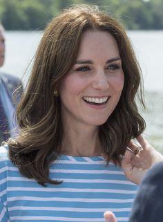 """Catherine. Duchess of Cambridge. """"La beaute est la limere brillante dans votre coeur."""" - Deodatta V. Shenai-Khatkhate"""