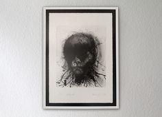 """""""Es sind Überlebende, vielleicht die letzten ihrer Art, die uns aus seinen Bildern direkt in die Seele zu blicken scheinen..."""""""