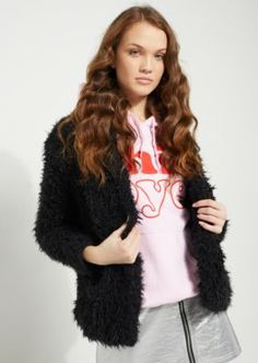 Make an impression in this stylish and soft fur jacket. Fully lined with a cotton inner and covered with a faux fur exterior for total comfort.