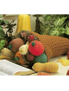 Thanksgiving Cornucopia - free crochet pattern