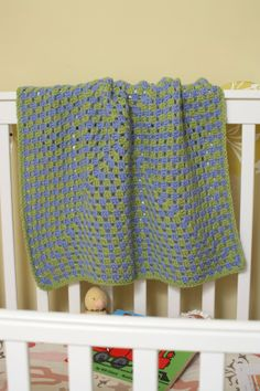 Lion Brand/Vanna's Choice Baby blanket pattern- Crochet - I've made SEVERAL of these!  Super easy!
