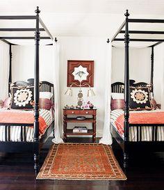 Great color palette: black white coral Home Bedroom, Girls Bedroom, Bedroom Decor, Master Bedroom, Bedroom Ideas, Ikea Bedroom, Bedroom Furniture, Bedding Decor, Bedroom Carpet