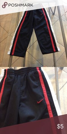 Size 5 Nike pants good condition Size 5 Nike pants good condition Nike Bottoms