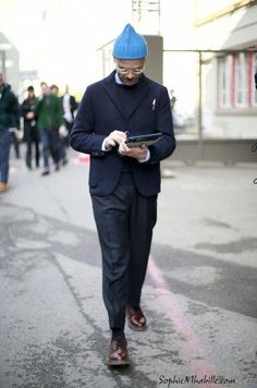 angelo flaccavento by sophie mhabille Fashion Week, Fashion Outfits, Fashion Mode, Fashion Pants, Unisex Fashion, Mens Fashion, Daily Street Style, Smart Casual, Sartorialist