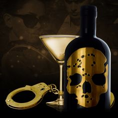 Enjoy #ValentinesDay evening everyone! Don't forget where you put the key.... 👻🍸🔥#GhostVodka #handcuffs #naughty #nighttime #nightin #gold #skull #bottle #drinks #cocktails #drinkstagram #mixology #ghost #vodka #bottleservice #bottlesondeck #exclusive #vip
