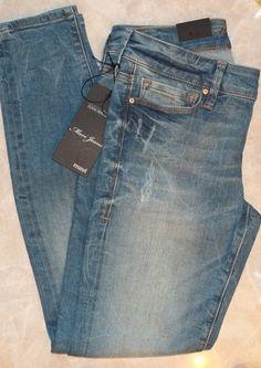 Love love my dark Mavi jeans! Now I need a lighter pair.