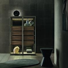 Rimadesio ''Alambra'' collection, design by Giuseppe Bavuso. Rimadesio ''Alambra'' koleksiyonu, tasarım Giuseppe Bavuso.
