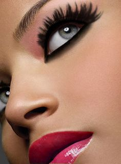 Gorgeous! Thick lashes