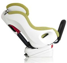 The Clek Foonf - An ultra modern, high tech, green children's car seat that lets you rear face your child till 45 lbs. Features innovative safety features too! Convertible, Extended Rear Facing, Best Car Seats, Kids Seating, Clothes Pictures, Baby Store, Baby Boutique, Baby Wearing, Baby Gear