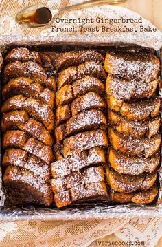 Overnight Gingerbread French Toast Breakfast Bake - Easy, make-ahead French toast that's perfect for winter weekends or holiday mornings! Easy, no-flipping-required recipe!!