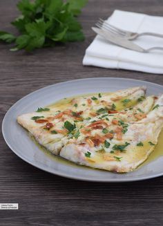 33 recetas rápidas, fáciles y deliciosas de pescado para cenas ligeras Professional Chef, Chicken Salad Recipes, Pinterest Recipes, Fish And Seafood, Quiche, Risotto, Nutrition, Eat, Cooking