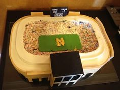 """Notre Dame Fighting Irish Groom's cake. Like the Irish? Be sure to check out and """"LIKE"""" my Facebook Page https://www.facebook.com/HereComestheIrish Please be sure to upload and share any personal pictures of your Notre Dame experience with your fellow Irish fans!"""