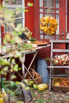 Autumn by the green house. By Blomsterverkstad