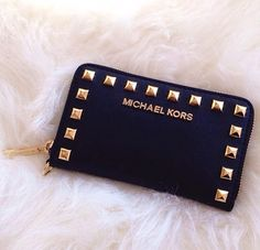 Michael Kors                                        Oh My God, I am in love!