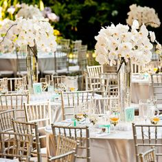 White Wedding Flower Arrangements | 25 Striking Tall Wedding Centerpieces | CreativeFan