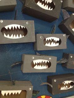 Requin en boîte de kleenex Summer Crafts, Crafts For Kids, Arts And Crafts, Monster Box, Ocean Crafts, Educational Crafts, Finding Dory, Under The Sea, Preschool Activities