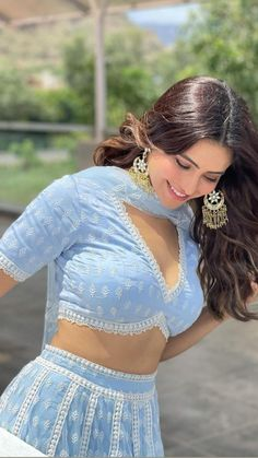 Indian Wedding Gowns, Party Wear Indian Dresses, Indian Gowns Dresses, Indian Bridal Outfits, Dress Indian Style, Indian Fashion Dresses, Indian Designer Outfits, Stylish Dress Designs, Stylish Dresses