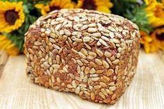 Rezept für ein einfaches und schnelles low carb Brot zum Abnehmen und für den Muskelaufbau. Jetzt auf www.feitschfitness.de