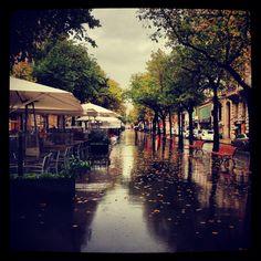 Barcelona bajo la lluvia... Paseos de otoño en Rambla Catalunya