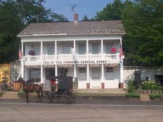 Ohio's oldest general store appropriately sits in the heart of Ohio Amish Country. End of the Commons General Store has been in operation since Ohio Destinations, Camping World Locations, Great Places, Places To See, Amish Store, Ohio Attractions, Amish Country Ohio, The Buckeye State, Abandoned Mansions