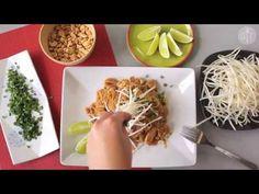 La vraie recette du Pad Thaï au poulet - YouTube