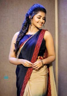 Anupama Parameswaran Actress Photos Stills Gallery Tamil Actress Photos, Indian Film Actress, South Indian Actress, Indian Actresses, South Actress, Hot Actresses, Beautiful Girl Indian, Beautiful Saree, Beautiful Indian Actress