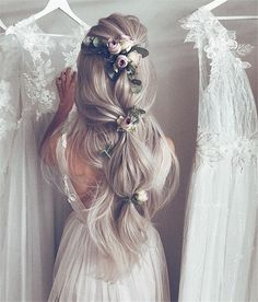 70+ Prom Hairstyles Trendy Inspiration For 2019 – Page 41 – Chic Cuties Blog Rustic Wedding Hairstyles, Romantic Hairstyles, Wedding Hairstyles For Long Hair, Bridal Hairstyles, Fairy Hairstyles, Medium Hairstyles, Latest Hairstyles, Bridal Hair Half Up, Wedding Hairstyles Half Up Half Down