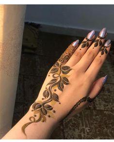50 Al Ain Mehndi Design (Henna Design) - February 2020 Henna Tattoo Designs Simple, Floral Henna Designs, Finger Henna Designs, Henna Art Designs, Mehndi Designs For Girls, Mehndi Designs For Beginners, Mehndi Designs For Fingers, Latest Arabic Mehndi Designs, Modern Mehndi Designs